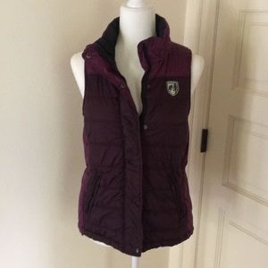 American Eagle Outfitters Puffer Vest. (M)